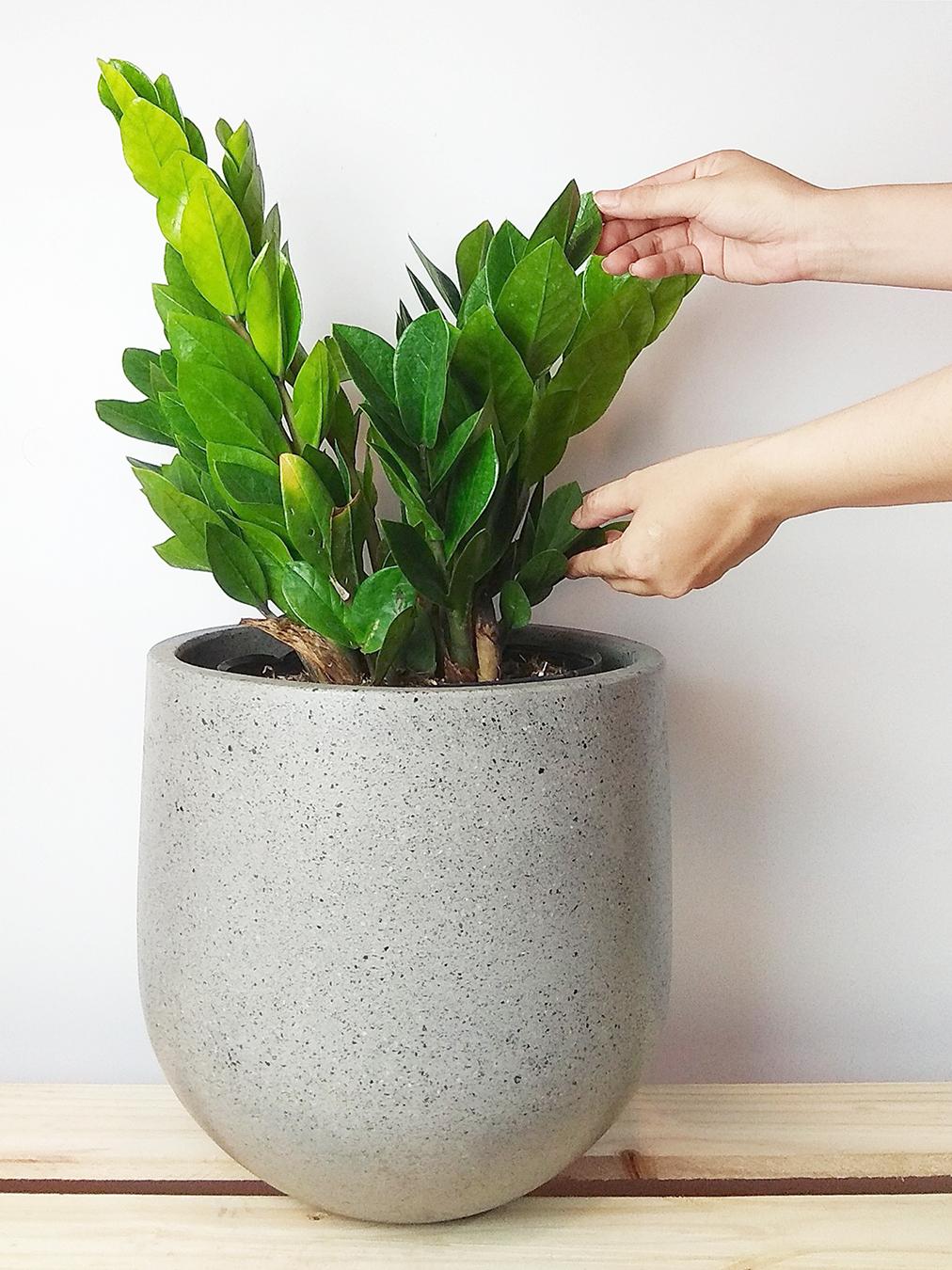 rosie-pottery-vietnam-lightweight-concrete-planter